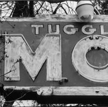 tuggle